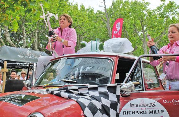 Image 5 - Le Rallye des Princesses est arrivé  à Saint-Tropez