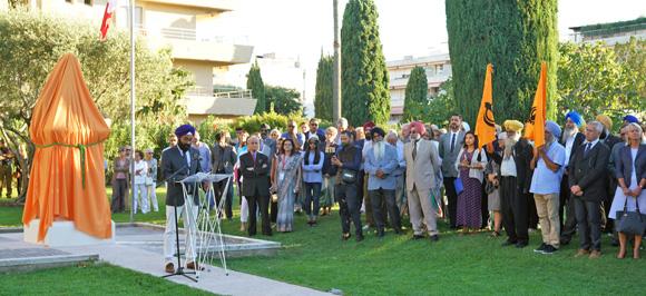 Image 5 - Hommage à Ranjit Singh : l'Etat du Pendjab offre un buste à la ville