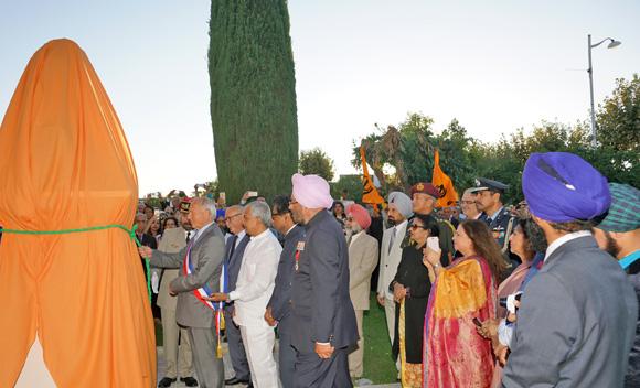 Image 10 - Hommage à Ranjit Singh : l'Etat du Pendjab offre un buste à la ville