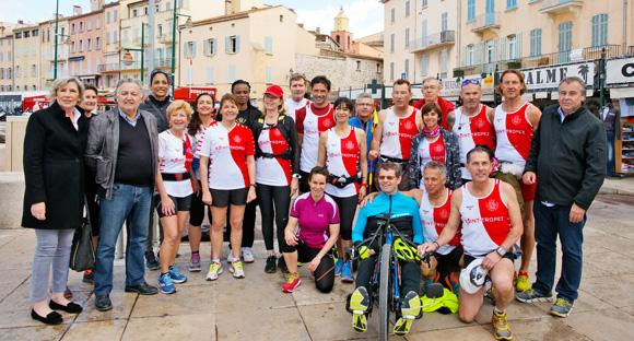 Image 2 - La Flamme du marathon 2018 est passée à Saint-Tropez