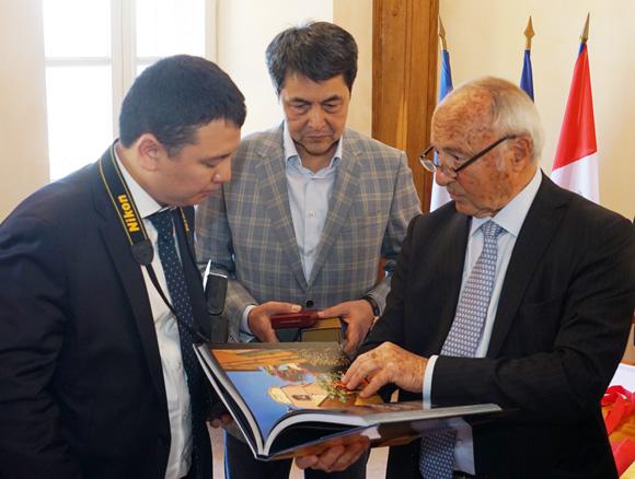 Image 4 - Tourisme : une délégation du Kazakhstan à Saint-Tropez