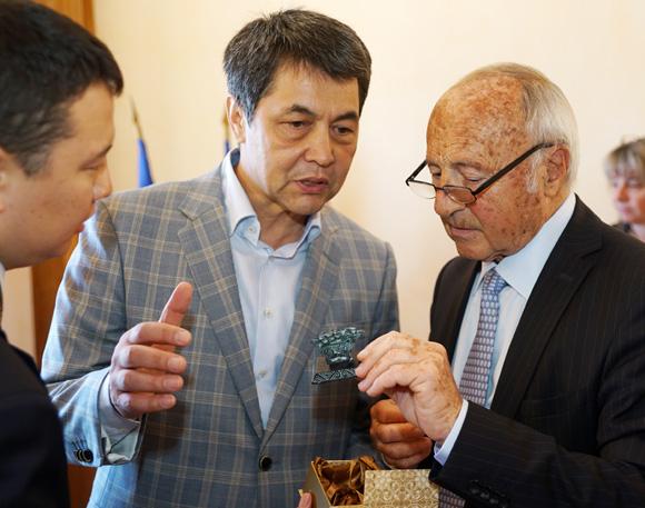 Image 5 - Tourisme : une délégation du Kazakhstan à Saint-Tropez