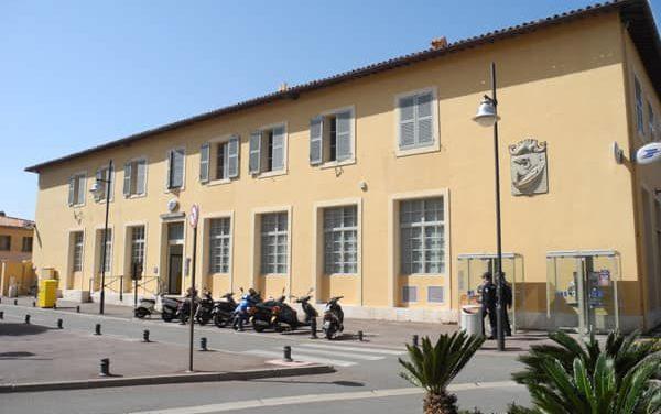 Bureau de poste de Saint-Tropez : retour aux horaires habituels