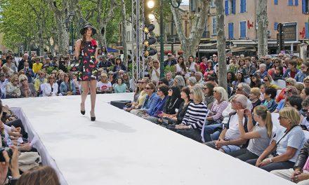 Le défilé de mode des boutiques de Saint-Tropez