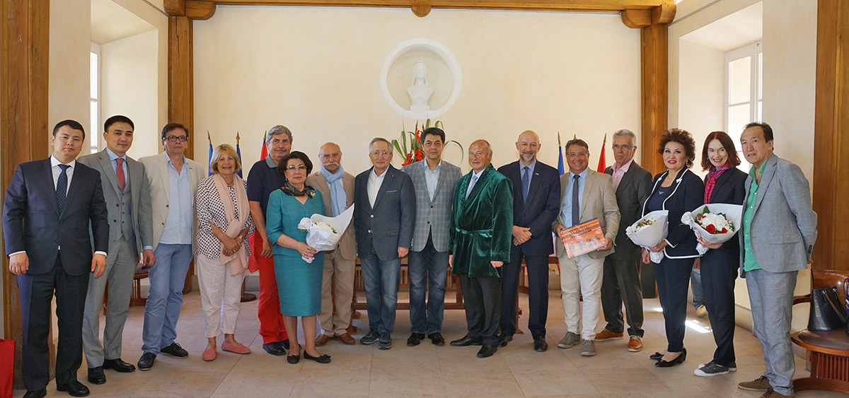 Tourisme : une délégation du Kazakhstan à Saint-Tropez