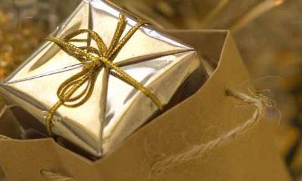 (Français) Noël à Saint-Tropez : tombola des commerçants