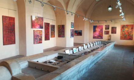 (Français) Les expositions du lavoir Vasserot : Karin Tueta, les récits de la couleur