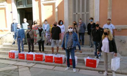 Déconfinement : la distribution des 10.000 masques aux Tropéziens a commencé