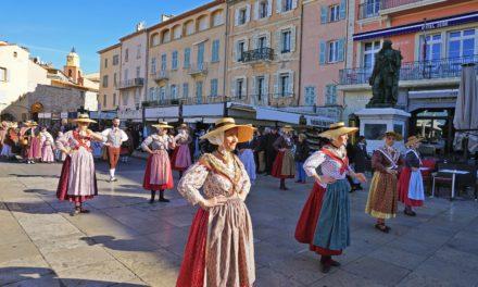 Les Fifres et Tambours et le Rampèu fêtent la Sainte-Cécile