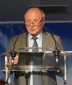 Le maire, Jean-Pierre Tuveri
